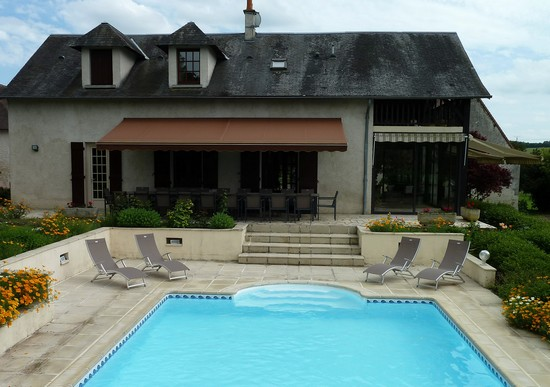 La villa avec sa piscine pour 6 personnes for Recherche villa avec piscine